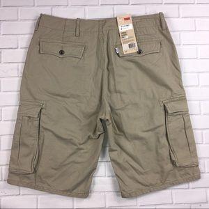 Men's Levi's Cargo Shorts Sz 33 NWT